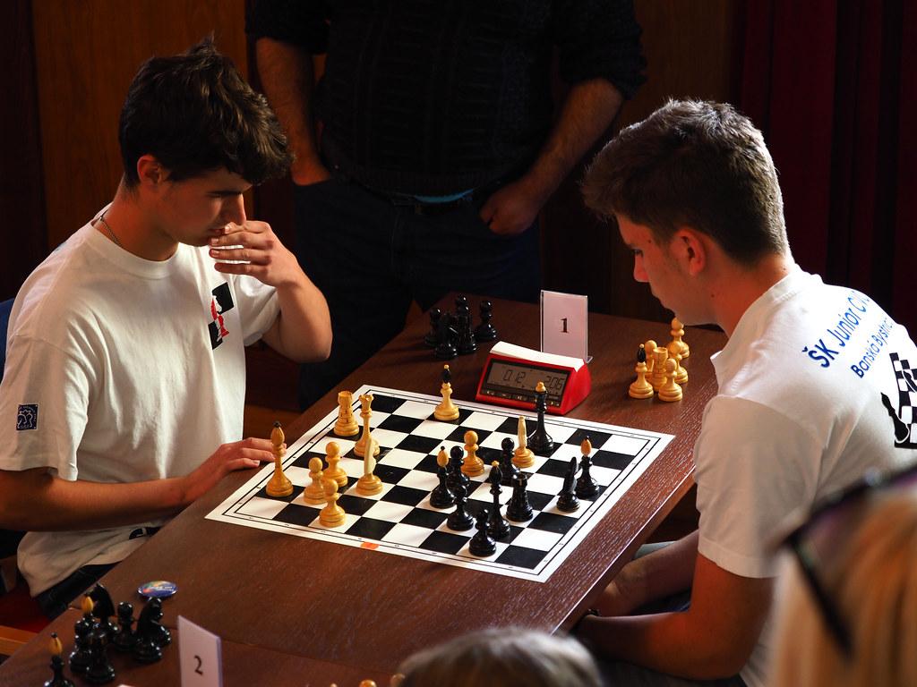 Šachové úspechy tajákov (i extajákov)